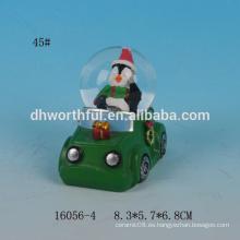 Globo de la nieve de la Navidad de la resina