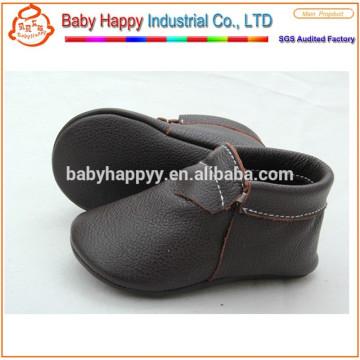 Zapatos moccasin bebé congelado de cuero genuino