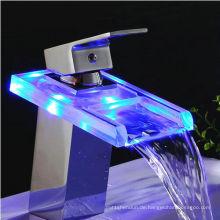Sanitärware LED Wasserfall Wasserhahn