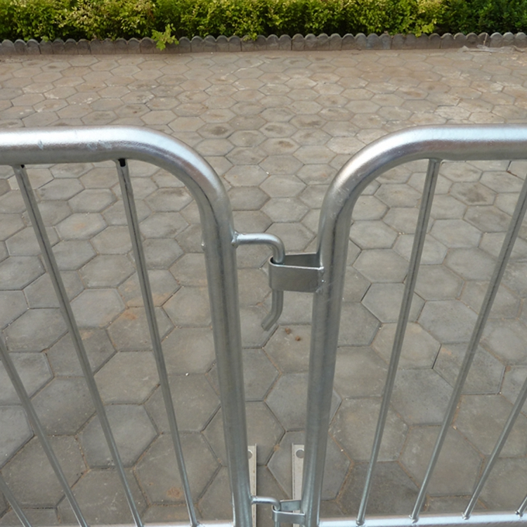 Crowd Control Barrier 7