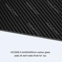 Plaque en plastique renforcé de fibre de carbone