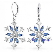 Pendientes de plata esterlina de flor de nieve agradable