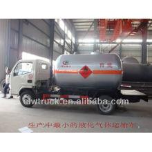 2015 Dongfeng Mini Eruo IV 4 * 2 caminhão do tanque do gás do lpg venda