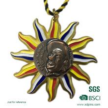 Золотой металлический медаль