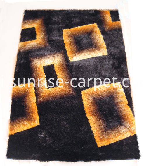 Silk Shaggy with Desigsn Rug