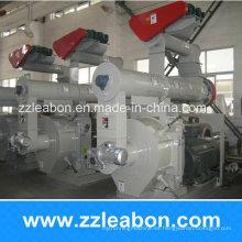 Máquinas de granulación de madera suave / dura de la paja popular del arroz de Europa