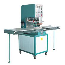 machine de soudure à haute fréquence de PVC dans la soudeuse en plastique