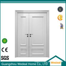 Белая грунтованная неравномерная двойная межкомнатная дверь из МДФ