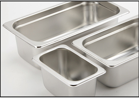 Stainless steel gastronorm containers for cafeteria