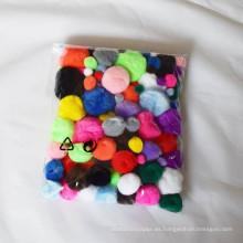 diy accesorios hechos a mano, pompón artesanal, pompón colorido