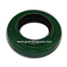 AN102266 John Deere Stalk Roll Lower Seal