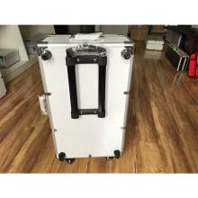 Алюминиевые ящики с разделителями и облицовкой из пеноматериала EVA