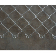 Hot Dipped Galvanized Chain Link Fence in 50-80mm Hole