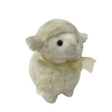 Brinquedo de ovelha de pelúcia para venda