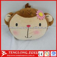 Fabricante Atacado cartoon macaco em forma de inverno mão aquecedor travesseiro