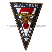 Insignia del bordado del ejército, remiendo de la forma del triángulo (GZHY-PATCH-009)