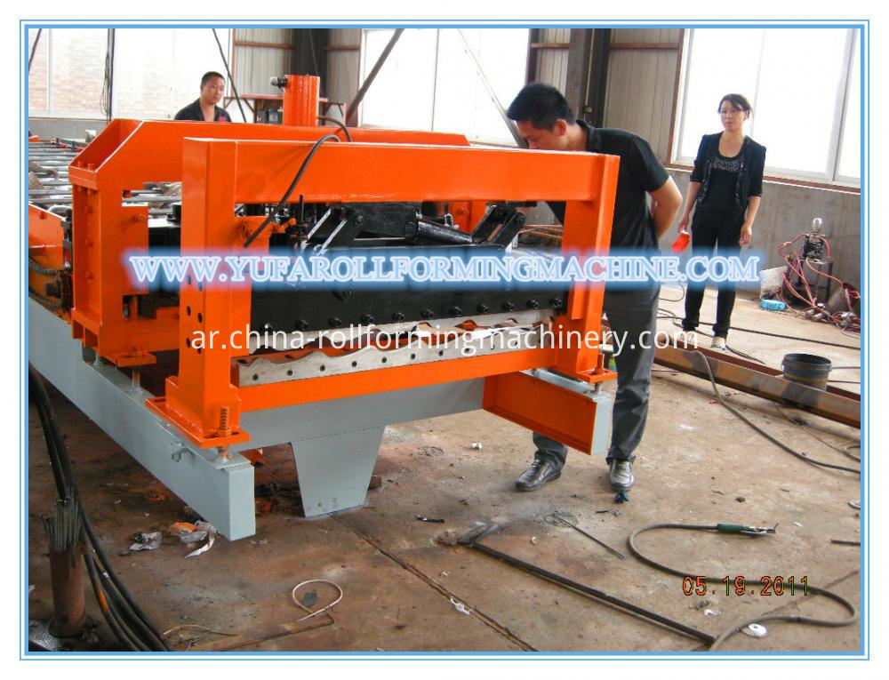 1100 arch glazed tile roof panel roll forming machine