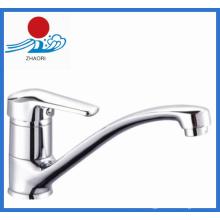 Sinle manejar agua caliente y fría grifo de la cocina (zr21905)