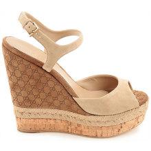 Sandálias das mulheres com fivela Wedegs das mulheres com alta plataforma