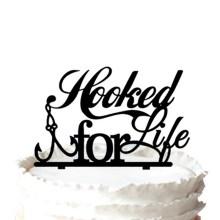 """Topper de bolo de casamento de silhueta de pesca """"Agarrado pela vida"""""""