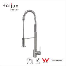 Haijun 2017 Cubierta de la fuente de la fábrica Montada los golpecitos de cocina de cobre amarillo termostáticos del fregadero de agua de la cocina