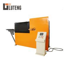 Máquina automática de doblado y estribo de alambre de acero.