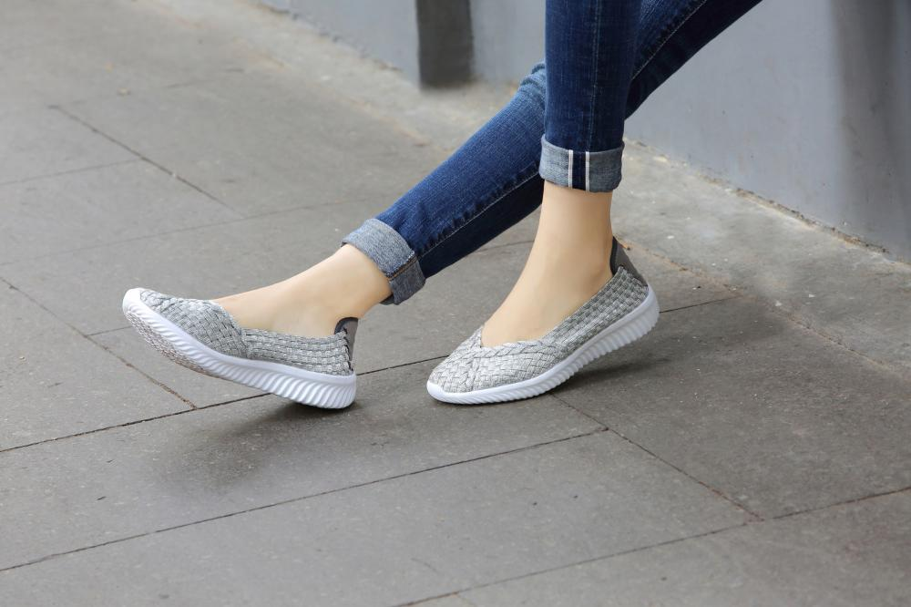 Anti-skid Woven Women Pump