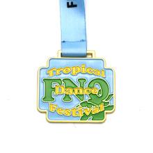 Спортивная медаль победителя школы бега на финише 3D