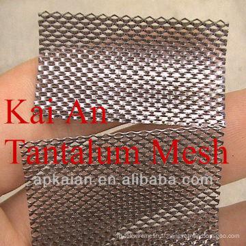 Maille de tantale excentrique à 700 microns
