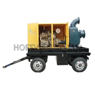 Portable self-priming Centrifugal water pump