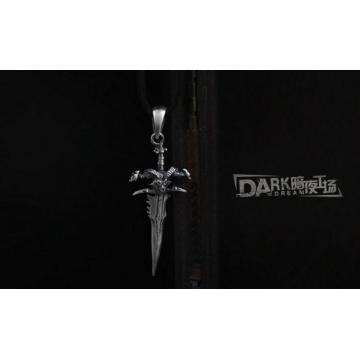 La cadena de cuero Frostmourne aleación metal plata collar de cuero