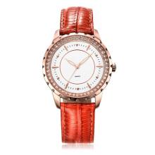 4 цвета наручные часы из натуральной кожи