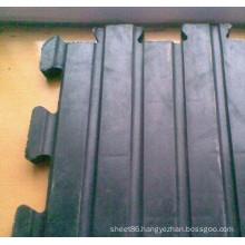 Black Anti-Slip Powder Rubber Cow Mat