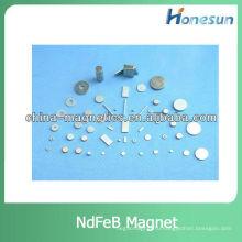 Спеченные Неодимовый/ndfeb магниты n35 магнитных частей