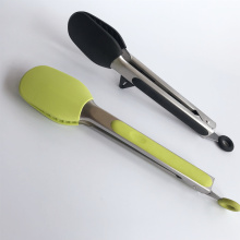 Pinzas de cocina con soporte incorporado
