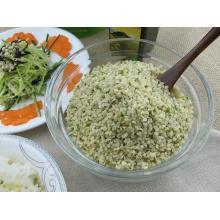 Semillas de cáñamo con cáscara orgánica asiática