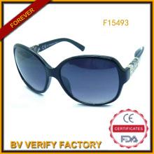 Торговые гарантии пластиковые солнцезащитные очки с отделкой в храмах (F15493)