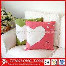 2015 El nuevo sofá 100% del algodón de la llegada adorna las mantas de la almohadilla del corazón del amor