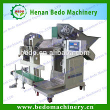 Chine meilleur fournisseur charbon ball machine d'ensachage / machine à ensacher balle de charbon 008613253417552