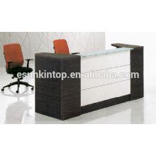 Oak wood color mix white reception desk for office used, Wood finishing desk furniture (KM924)