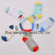 Good Handfeel calcetines de algodón respirable de los hombres de malla