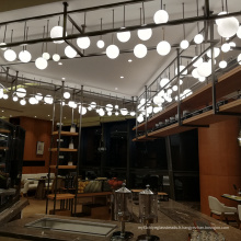 Lustres surdimensionnés en perles de verre en cuivre pour foyer