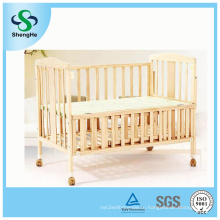 2016 Горячая деревянная кровать младенца сосенки сбывания деревянная с твердой конструкцией