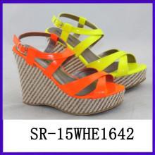2015 sandalias del verano nuevos zapatos modales zapatos atractivos de la señora zapato de la moda de la señora