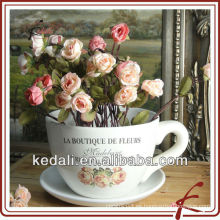Taza de cerámica de color flor de olla