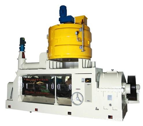 Natural cold press oil expeller