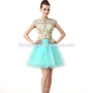 Elegantes ärmelloses rückenfreies Spitzenwulstiges kurzes Chiffon Abendkleid