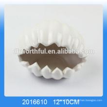 White sea shell shaped ceramic decorative ashtrays