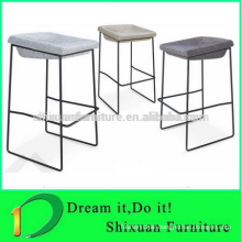 Popular style solid metal frame bar chair