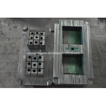 L'ABS fait sur commande / pp / PE / nylon ajoutent la fibre de verre etc. les pièces moulées par injection en plastique